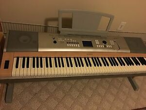 Yamaha portable digital piano ypg 625 88 weighted keys plays great local pickup for Yamaha fully weighted keyboard