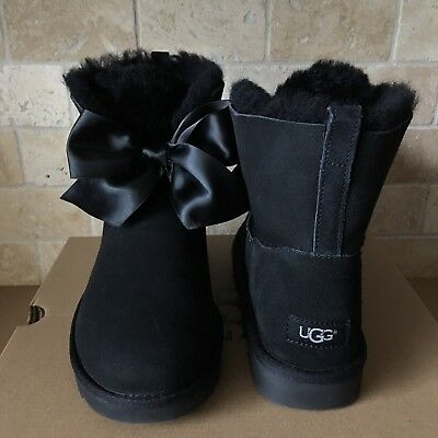 da982c42b66 UGG GITA BAILEY BOW SATIN BLACK SUEDE SHORT ANKLE BOOTS BOOTIES SIZE 6  WOMENS | eBay