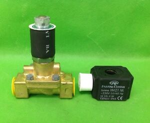 Directly-Activated-Water-Solenoid-Valve-1-2-034-With-Coil-9697-9761-New