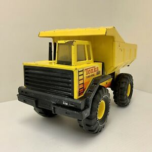 Vintage-Mighty-Tonka-Dump-Truck-Mighty-Toy-XMB-975-Pressed-Steel-1970-s-1980-s
