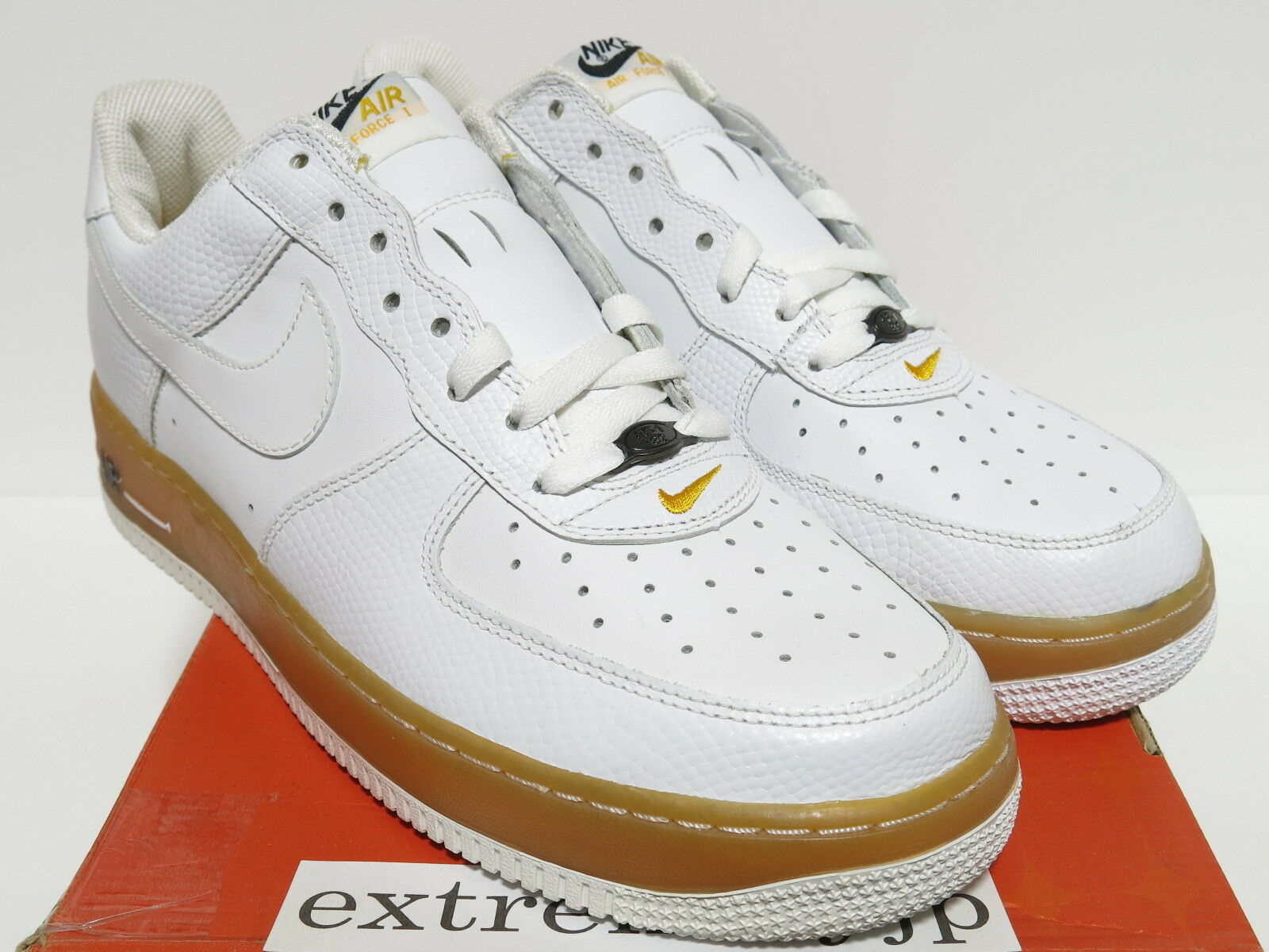 DS 2018 NIKE AIR FORCE 1 LOW JD Sport white/white gum 306353-902 sz 11
