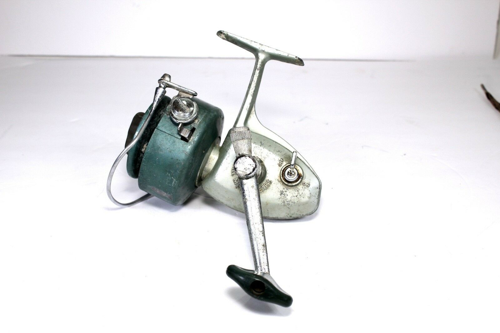 HEDDON VINTAGE SPINNING REEL  USA ASSEMBLED  BY  DAISY&HEDDON  cheap store