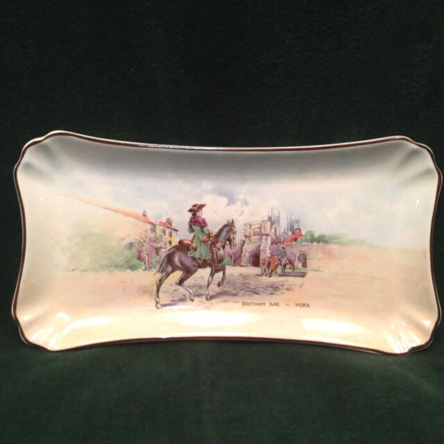 Royal Doulton ENGLAND Dick Turpin at Bootham Bar Sandwich, Celery Tray #  8099