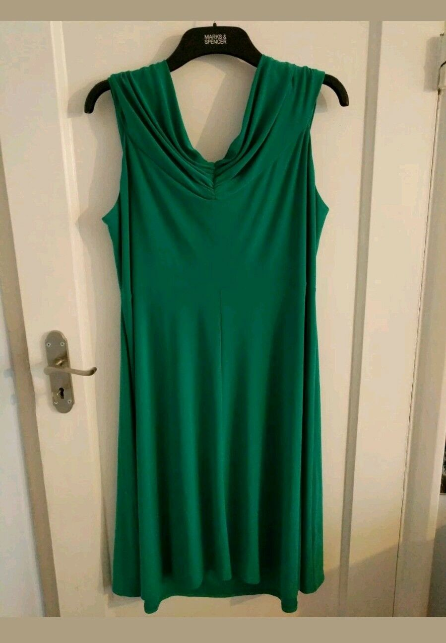 Vestido De Fiesta para Mujer. usado solo una vez.  Kaliko, tamaño 20.  minoristas en línea