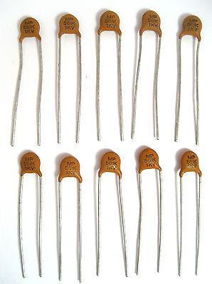 100 Centralab 680pf .00068uf 1000V 1KV ceramic disc capacitors Z5F