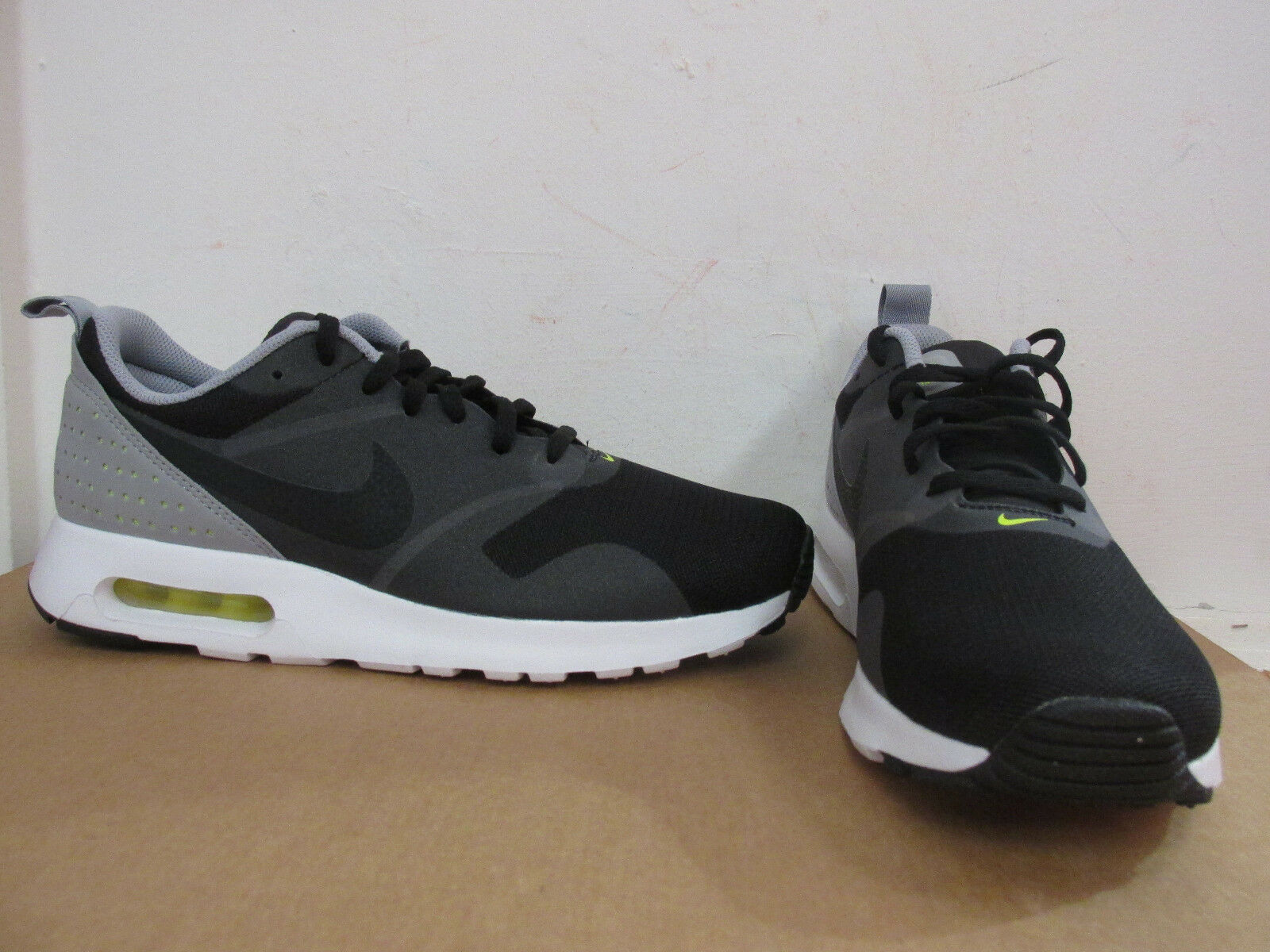nike air max tavas mens running trainers 705149 027 sneakers shoes SAMPLE