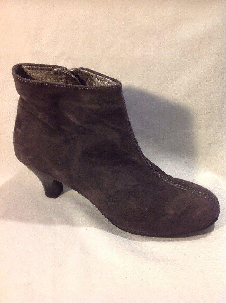 Aerosoles Dark Brown Ankle Suede Boots Size 5.5
