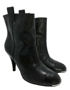 CHANEL-BLACK-LEATHER-HEELED-BOOTIES-38-5-1250