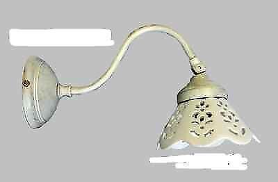 Applique lampada parete in ottone avorio antico con ceramica traforata bianca