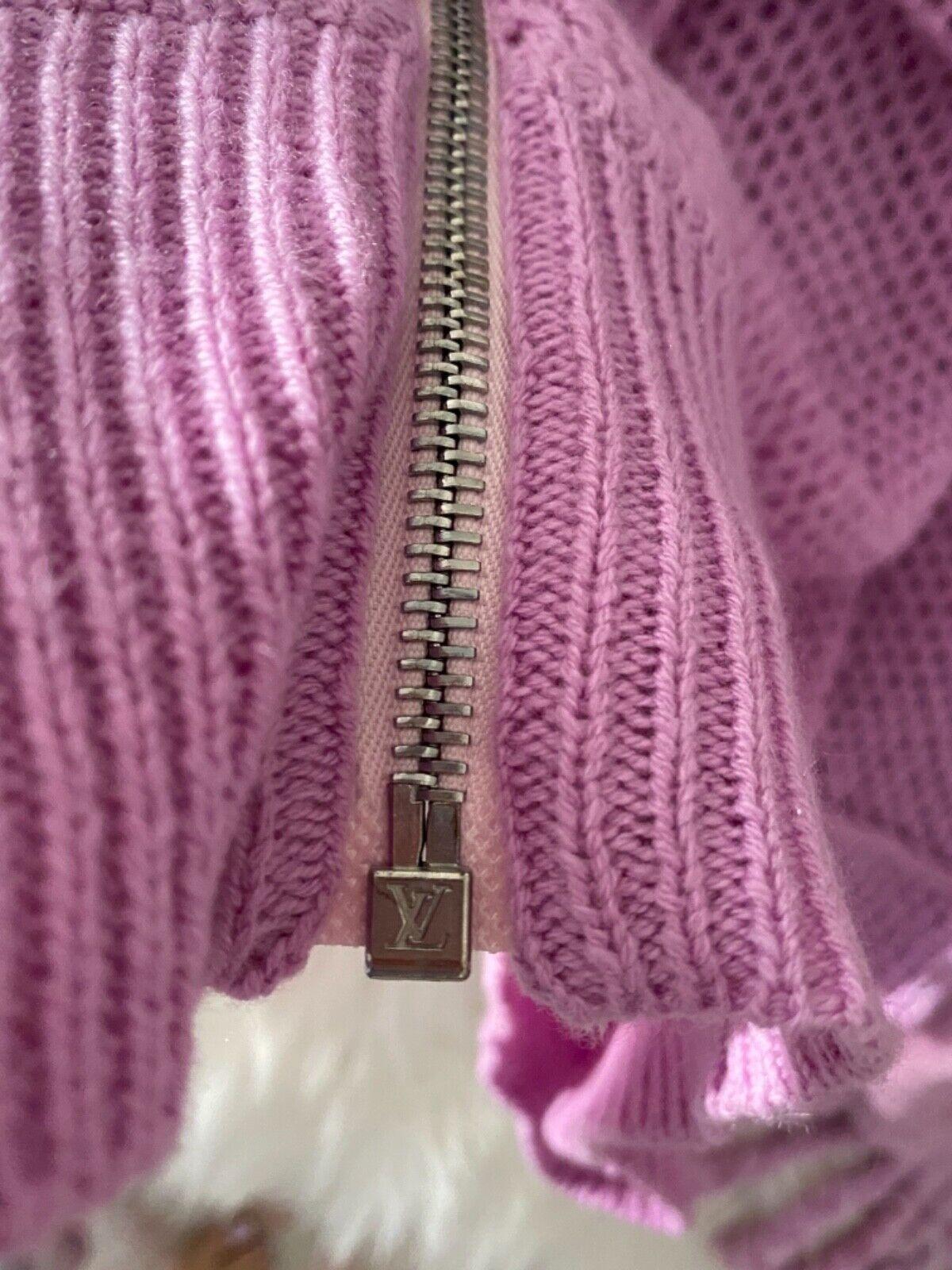 Authentic LOUIS VUITTON Purple Lilac Zip Cashmere… - image 6
