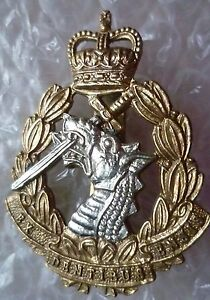Vintage-Royal-Army-Dental-Corps-Cap-Badge-QC-Ex-Dentibus-Ensis-badge
