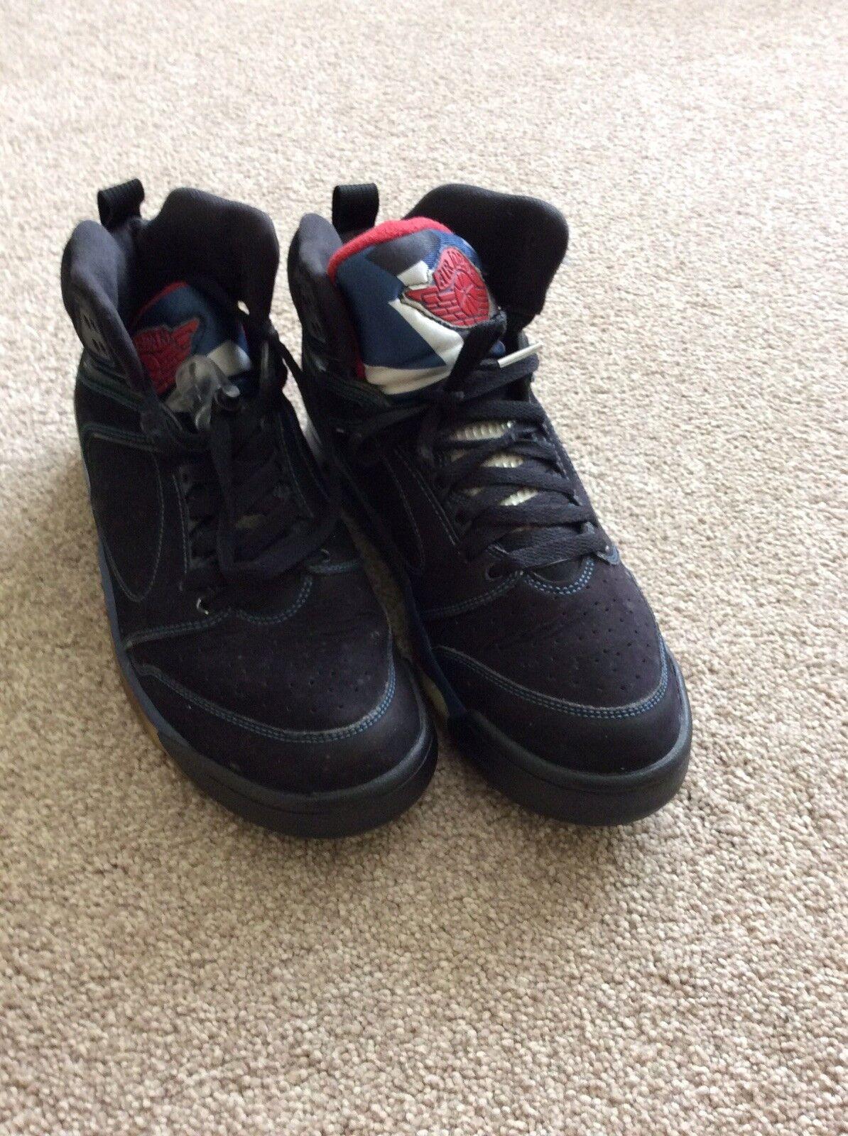 Vintage 23 Black Red Jordan BASKETBALL Boots Size UK-9