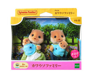 Sylvanian-Families-Calico-Critters-Otter-Family