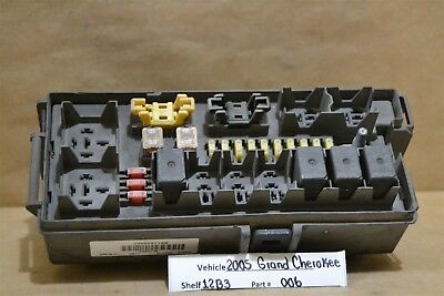 2005 Jeep grand Cherokee Integrated Power Fuse Box ...