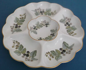 ROYAL-WORCERSTER-LAVINIA-PORCELAIN-LARGE-HORS-D-OEUVRES-NIBBLES-DISH-TABLEWARE