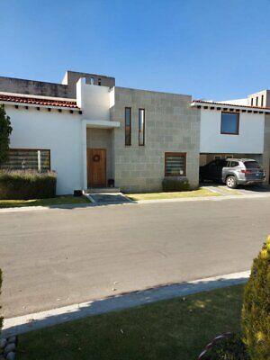 Se Vende Casa en Fraccionamiento, 330m, 3 Recamaras, Metepec, Edo. México, UVM Toluca