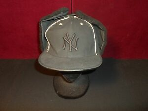 10590a496ab New Era 59Fifty New York Yankees MLB DogEar Black on Black Fitted ...