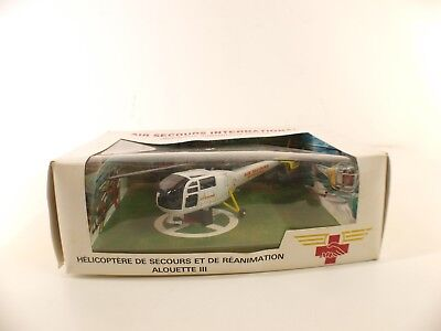 AIR SECOURS INTERNATIONAL Solido hélicoptère alouette 3 neuf  boite peu fréquent