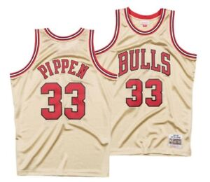 MITCHELL   NESS NBA Chicago Bulls  33 Pippen Gold Collection ... 0092aa60528