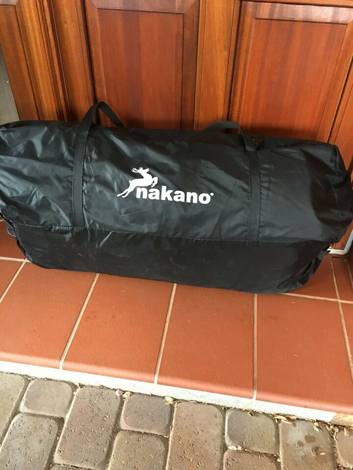 Nakano rejsefortelt sælges