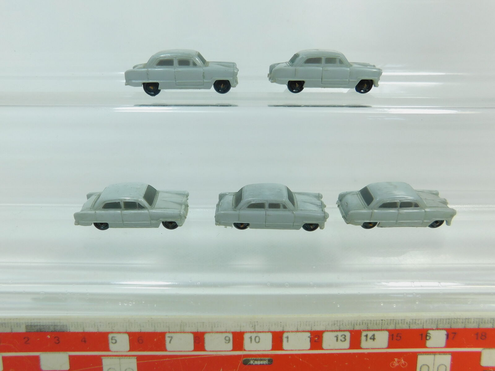 BP688-0,5 x Märklin H0 Auto Ford Taunus 12 M pour 4613 Wagon de Transport