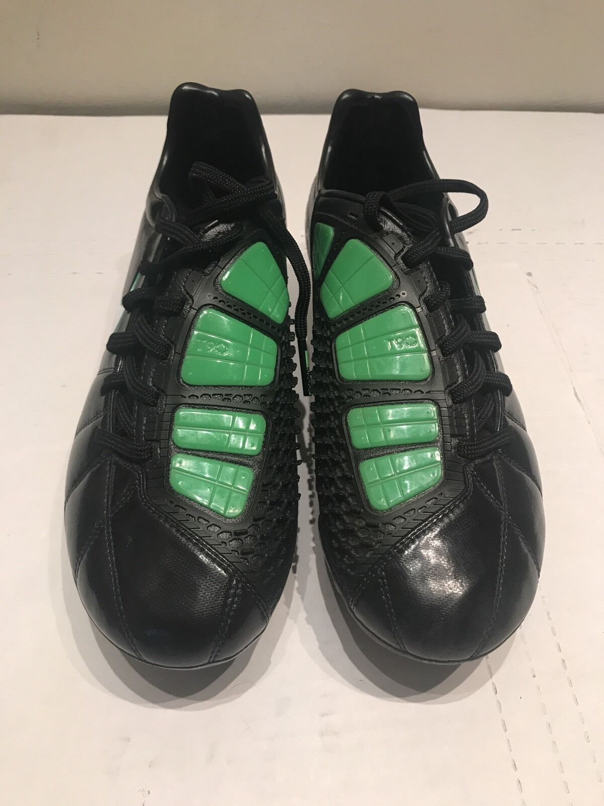 NIKE TOTAL 90 LASER III HYBRID Black/White/Electric Green Soccer Shoes Size 7
