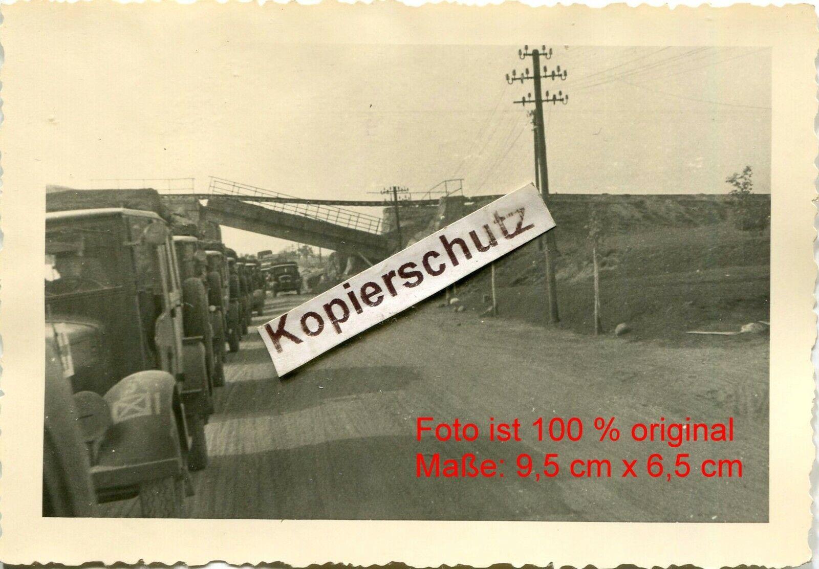 Bild 1 - Polen , 1 Panzer Division , zerstörte Brücke in Kłobuck