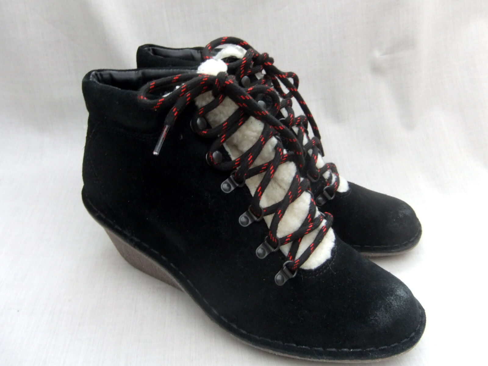 NEW Stiefel CLARKS MARSDEN GRACE Damenschuhe BLACK SUEDE WEDGE ANKLE Stiefel NEW SIZE 7 / 41 2e1a9e