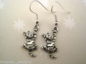 TABBY CAT Tibetan silver Drop Earrings Gift Bag CUTE TIGER Hanging Cheeky