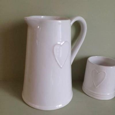 Large Ceramic Embossed White Heart Jug  Height 20cm  For Flowers / Drinks / Home