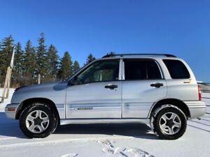 2003 Chevrolet Tracker 4X4 LT