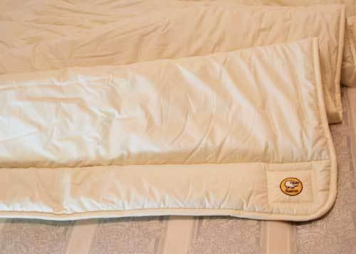 Baavet 100% Pure Wool Luxury Mattress Topper Hypo Allergenic Anti Dust Mite