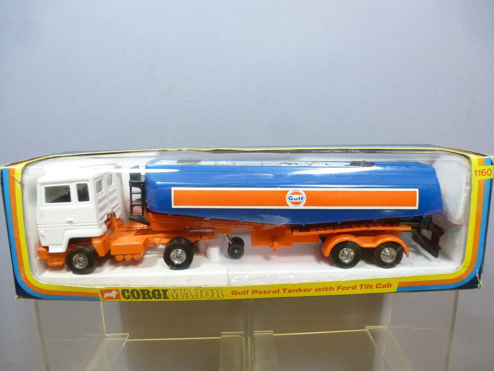Vintage Corgi Toys Modelo No.1160  Gulf  Petrol camión cisterna Ford inclinación Cab MIB