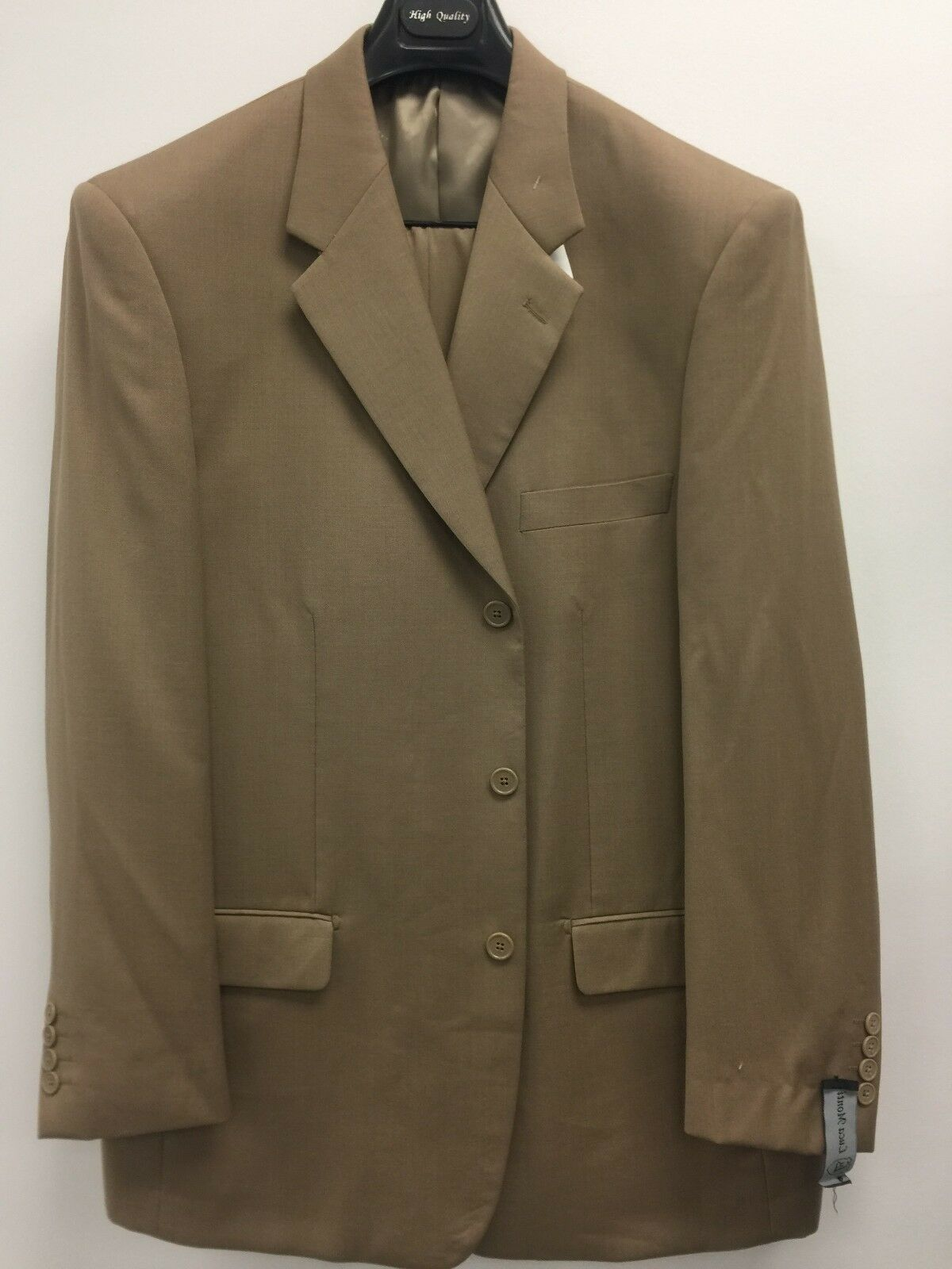 NEW 100%WoolSuit 42R Traditional Fit In Camel Luca Monti 2 Piece