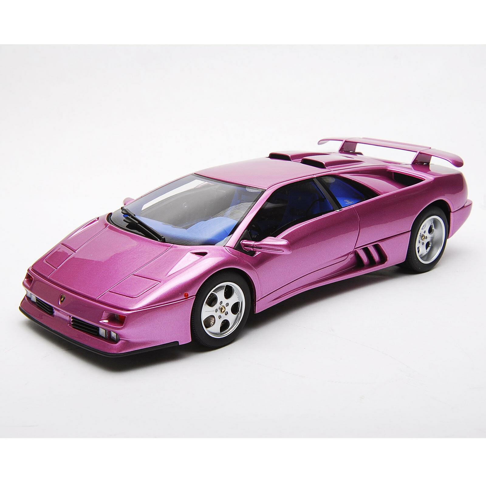 Lamborghini Diablo SE30 Jota résine voiture modèle violet pourpre 1 18 par Kyosho