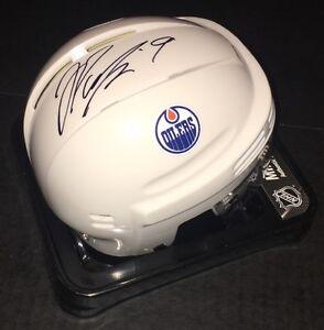 Edmonton-Oilers-JESSE-PULJUJARVI-Signed-Autographed-Hockey-Mini-Helmet-COA