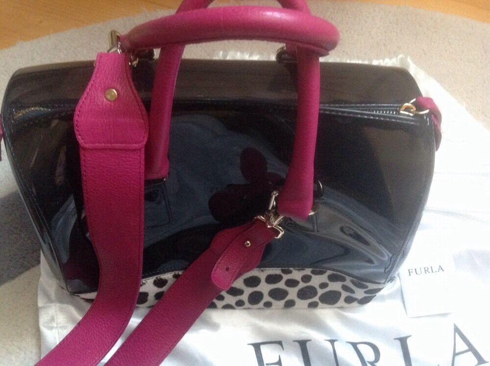 Furla Candy Bag Designer Luxus Tasche 100% 100% 100% Original Dalmatian mit Schwarzem PVC | Qualitätsprodukte  | Hohe Qualität und geringer Aufwand  | Maßstab ist der Grundstein, Qualität ist Säulenbalken, Preis ist Leiter  54aa0b