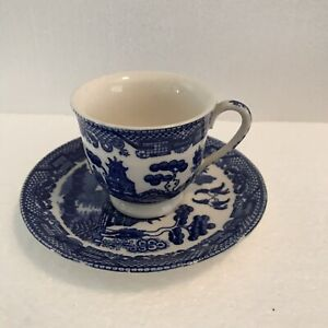 Vintage-Blue-Willow-Demitasse-Coffee-Tea-Cup-And-Saucer-Set