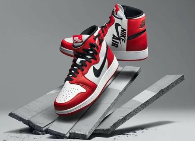 low priced fbeed 03305 Nike Womens Air Jordan 1 Rebel XX OG Chicago Size 8.5 White Red Black  At4151-100