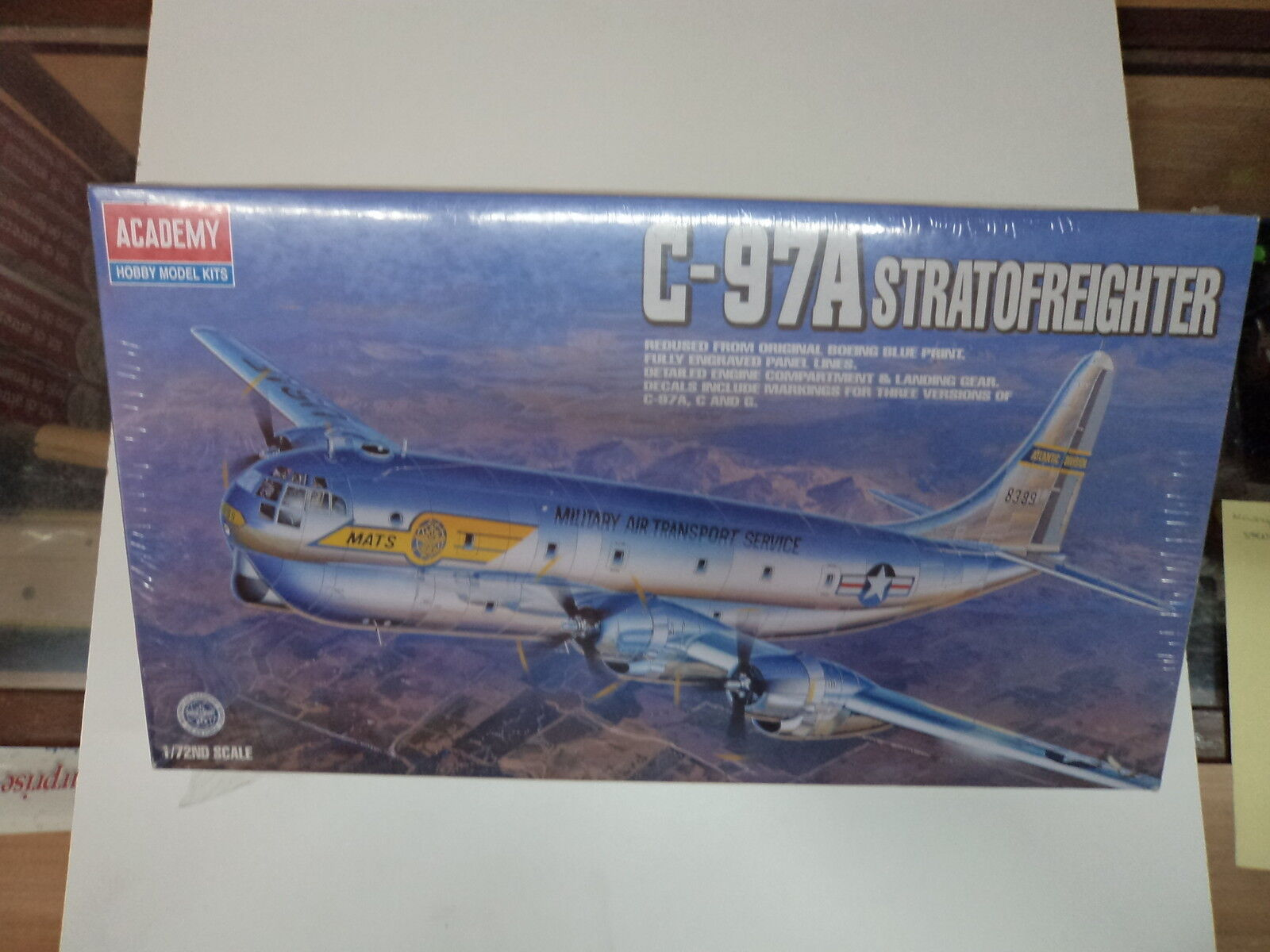 ACADEMY 1604 C-97A STRATOFREIGHTER 1 72 KIT