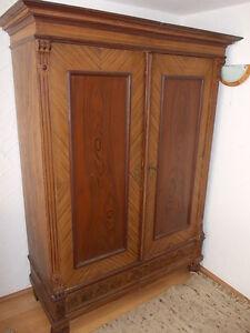 gr nderzeitschrank antik alter schrank orginal zustand bierlasur ebay. Black Bedroom Furniture Sets. Home Design Ideas