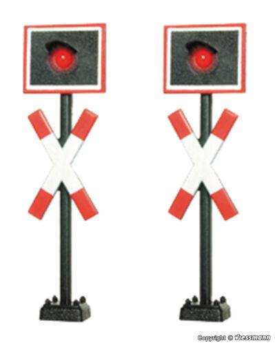 Viessmann 5058 Spur H0  Zwei  Andreaskreuze ohne Blinkelektronik NEU und OvP