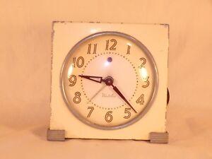Vintage 1940's Metal Art Deco Westclox Logan Electric Alarm Clock