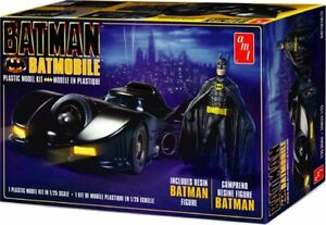 AMT-1107-1989-Batmobile-1-25-Model-Kit-Resin-Batman-Michael-Keaton-Figure