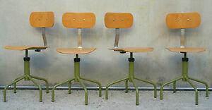 Eccezionale lotto di 4 sedie sgabelli girevoli con schienale da