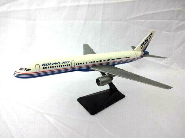 buena reputación Boeing 757 de de de colección modelo de plástico con soporte 9.5  X 7.5   suministramos lo mejor