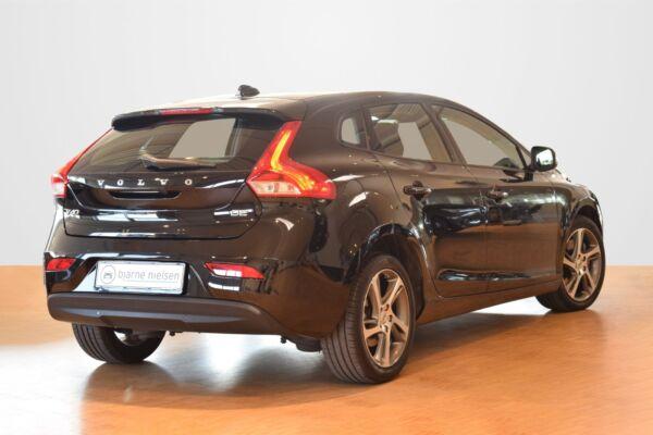 Volvo V40 2,0 D2 120 Momentum aut. - billede 2