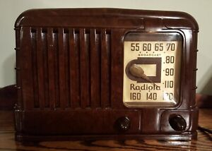 RADIOLA-by-RCA-Deco-Bakelite-Radio-Original-EXCELLENT-prewar-model-M-510-ca-1940