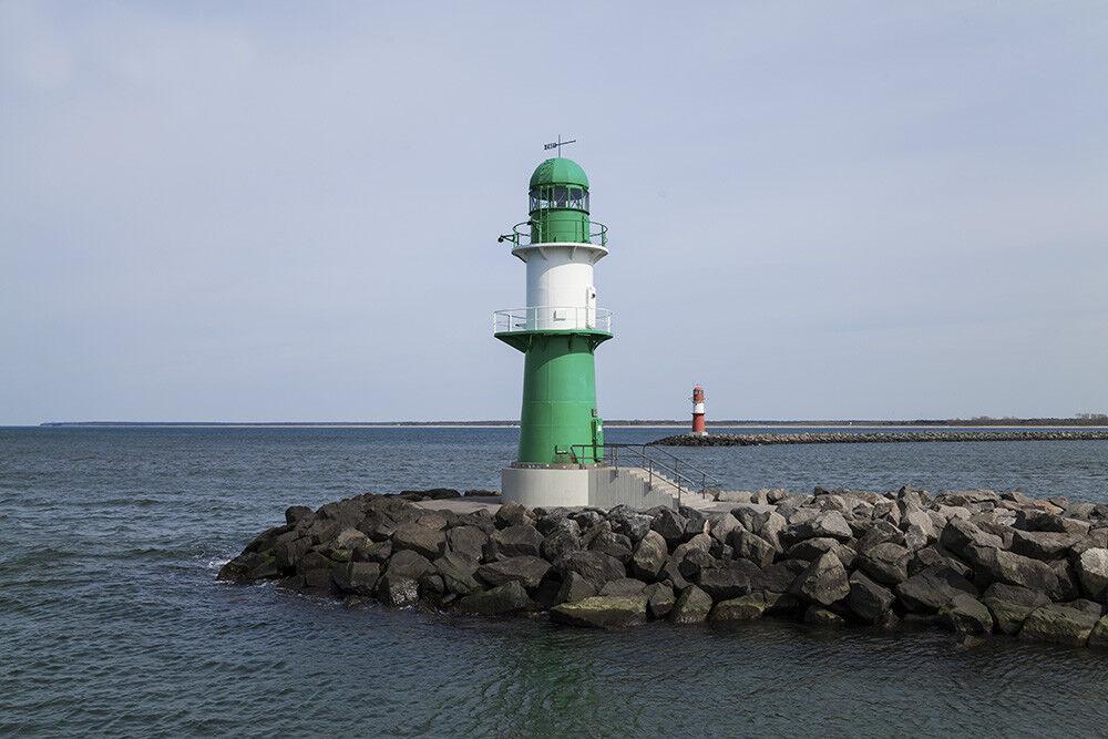Fototapete Warnemünde Leuchtturm - Kleistertapete oder Selbstklebende Tapete