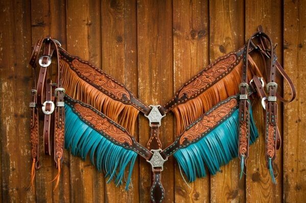 Western Marronee Leather Set of 2 Hand Carved Set of Headstall and Breast Collar